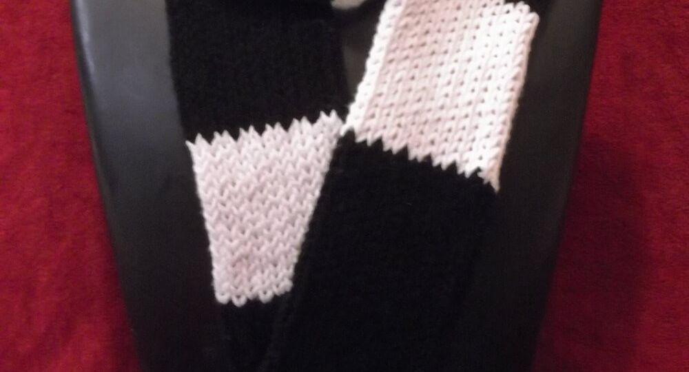 BWLoomScarf--